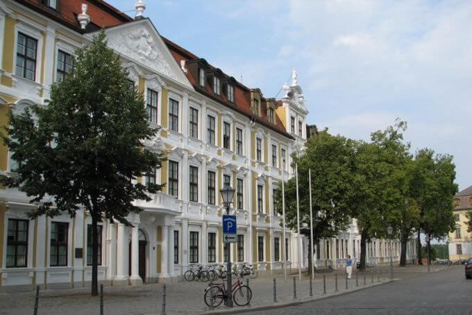 wahl-sachsen-Anhalt-landtagswahl-2021-Hochrechnung-umfrage-ergebnis-AfD-CDU